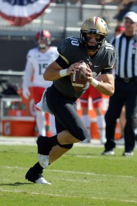 UCF sophomore QB McKenzie Melton on the move